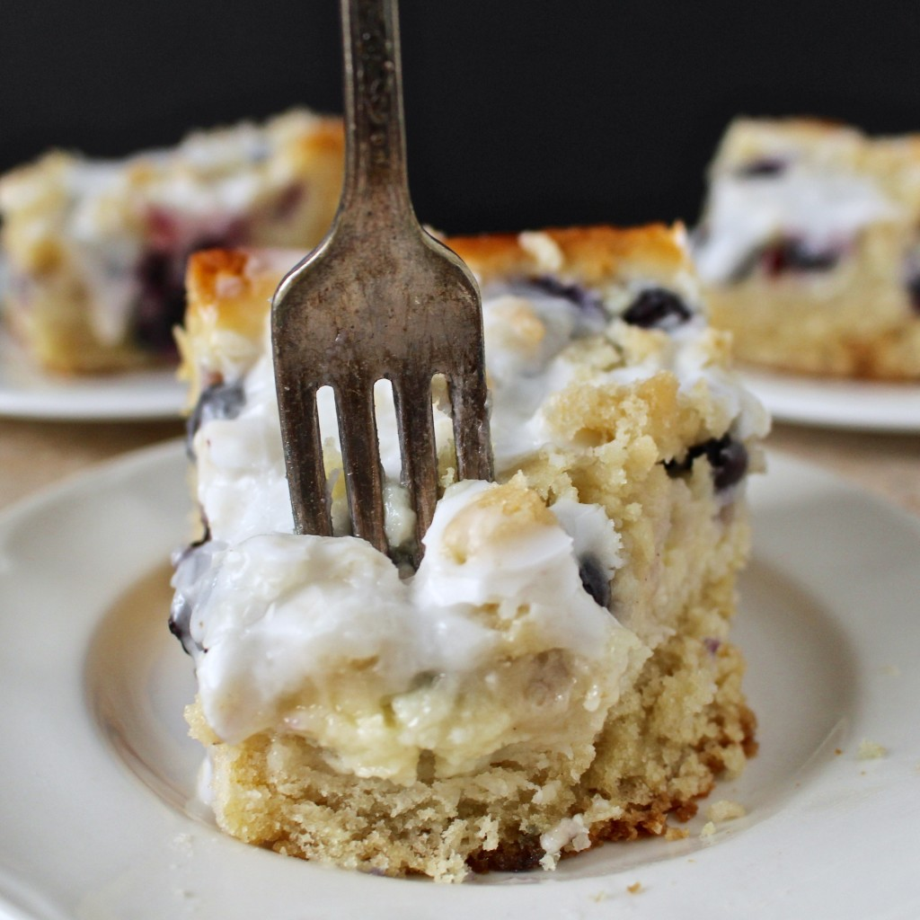 Cream Cheese And Blueberry Cake