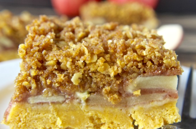 Coconut Oil Apple Crumb Bars
