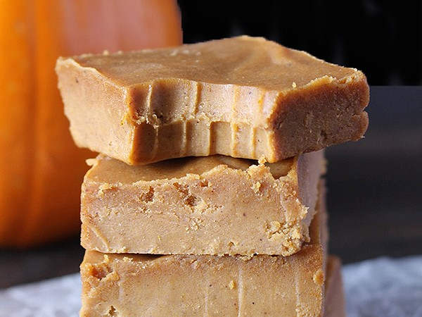 Easy Paleo Pumpkin Fudge