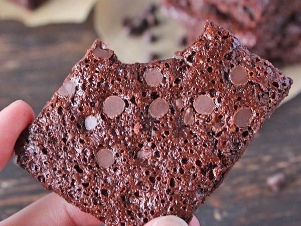 Easy Paleo Brownie Brittle Bark