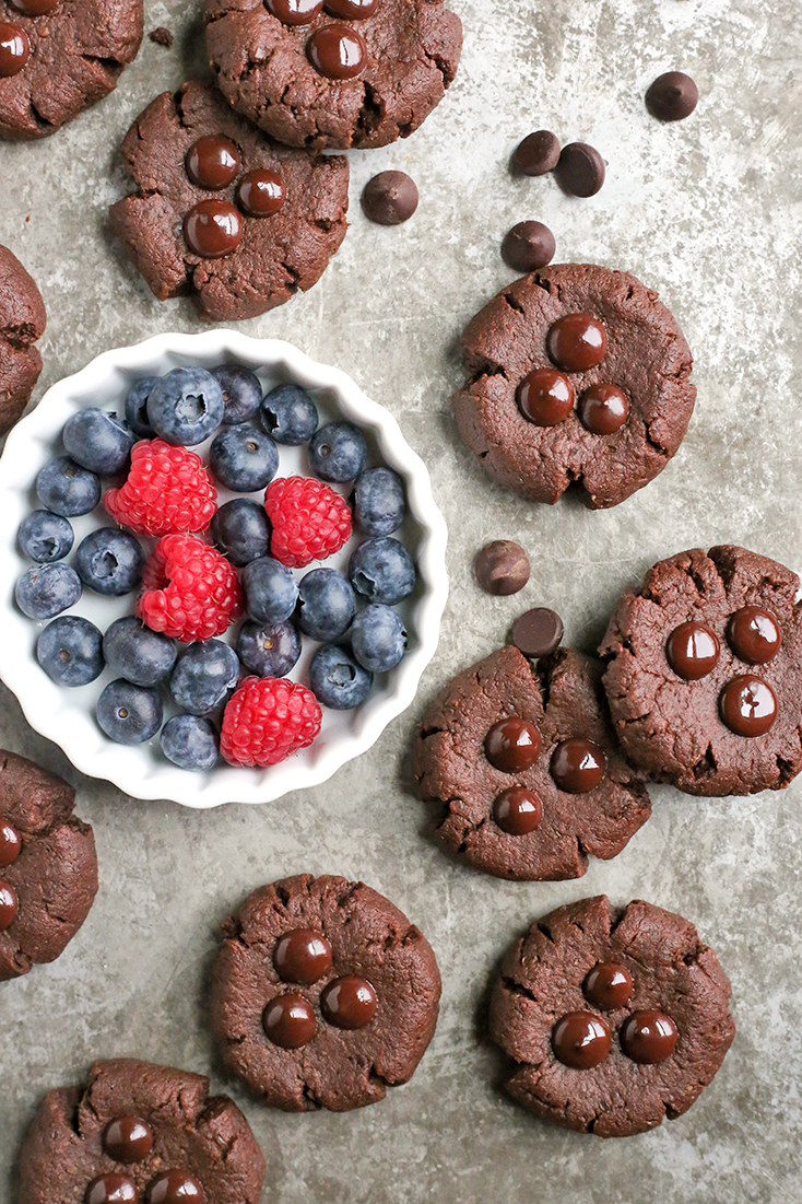 These Paleo Nut-Free Chocolate Brownie Cookies have only 3 ingredients and are so easy to make. They are rich and super chocolatey. Sweetened only with dates and they also are gluten free, dairy free, egg free, and vegan.