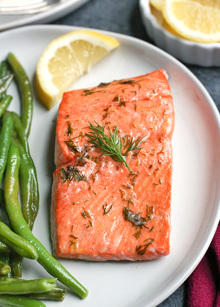 This Paleo Whole30 Air Fryer Dill Salmon and green beans is a whole meal made in 12 minutes!  Gluten free, dairy free, low carb and low FODMAP.