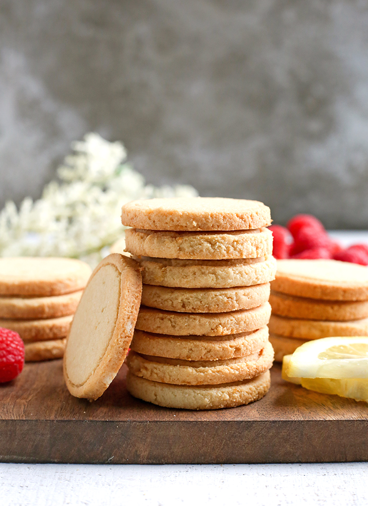 These Paleo Vegan Shortbread Lemonades are a copycat version of the popular Girl Scout cookie. Made with just 6 ingredients and so delicious! Gluten free, dairy free, egg free, and naturally sweetened.