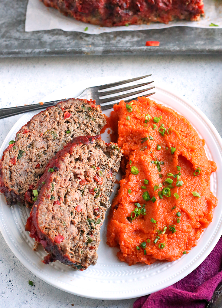 This Paleo Whole30 Mexican Meatloaf is easy to make and so flavorful. A healthy, hearty dinner that is low FODMAP, gluten free, dairy free, and low carb.