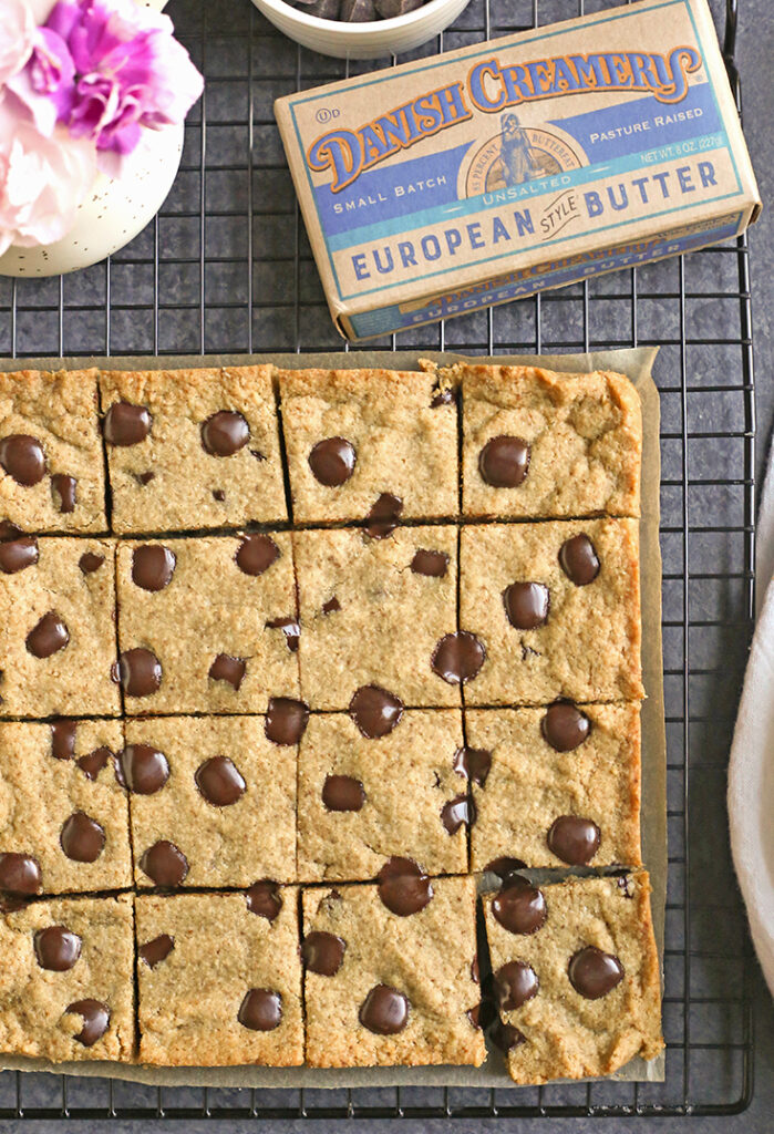 grain free brown butter blondies on a cooling rack
