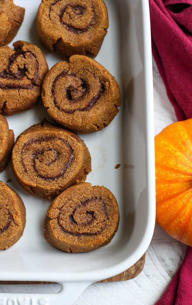 pan of unglazed paleo pumpkin cinnamon rolls